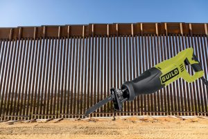 border-wall-with-saw